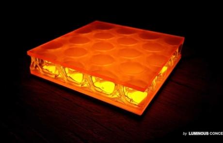 Image of honeypattern illuminated by Luminous Concepts